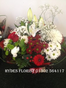 valentines hand tied bouquet with single red rose £40