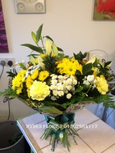 yellow hand tied mothers day bouquet £35