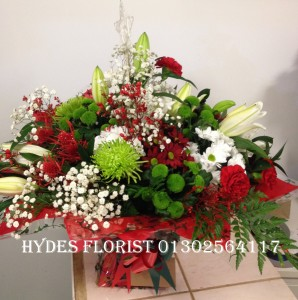 large auqaboxed christmas bouquet £60