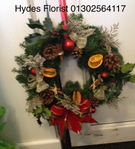 xmas wreaths from £15