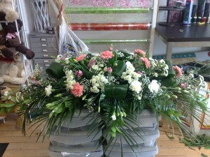pink-and-white-carnation-coffin-top