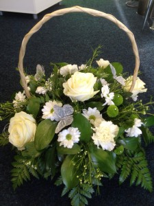 basket arrangement (Medium)