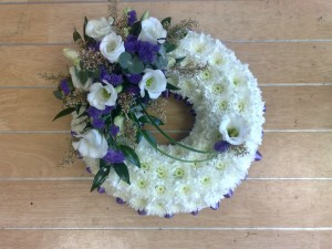 "10"" based wreath"
