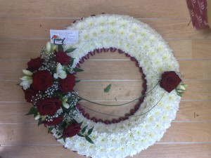 "18"" based wreath"